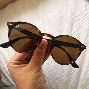 RayBan Round Tortoise Brown Classic Sunglasses
